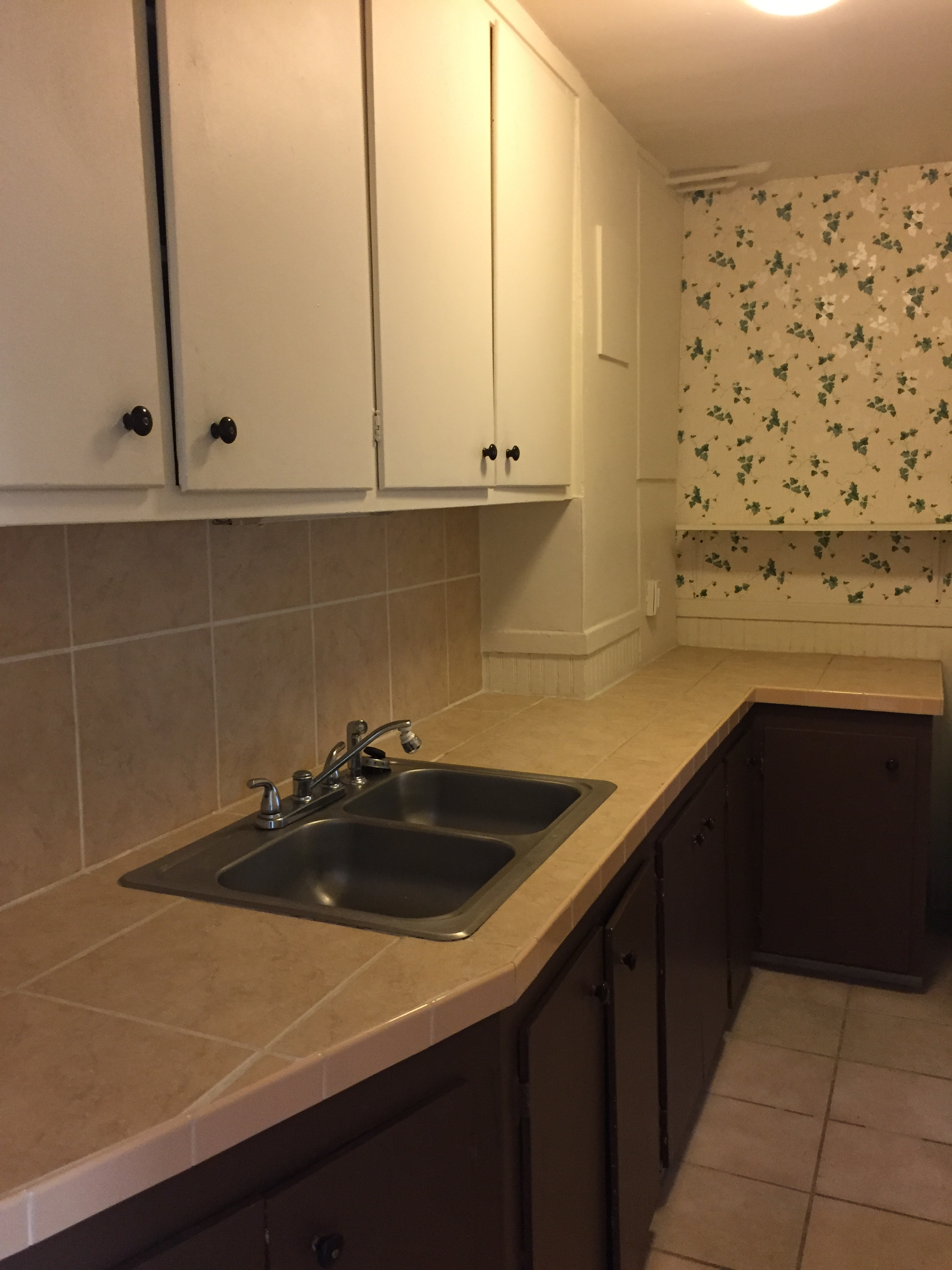 3 Bedroom Apartments In Colorado Springs 429 N Nevada 1 Avalon Properties Inc